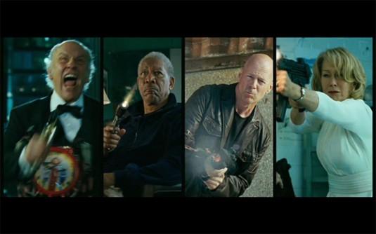 red-aposentados-e-perigosos-filme-cena-3